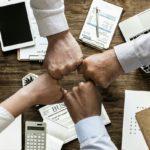 Kogo zatrudniają biura księgowe w UK?